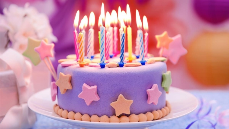Happy-Birthday-cake-candles-stars 1600x900