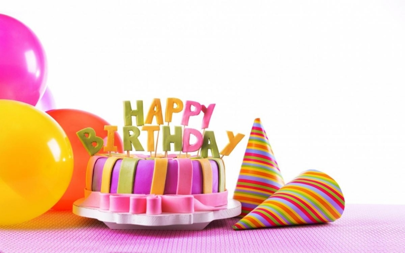 happy-birthday-cake-5k-wallpaper